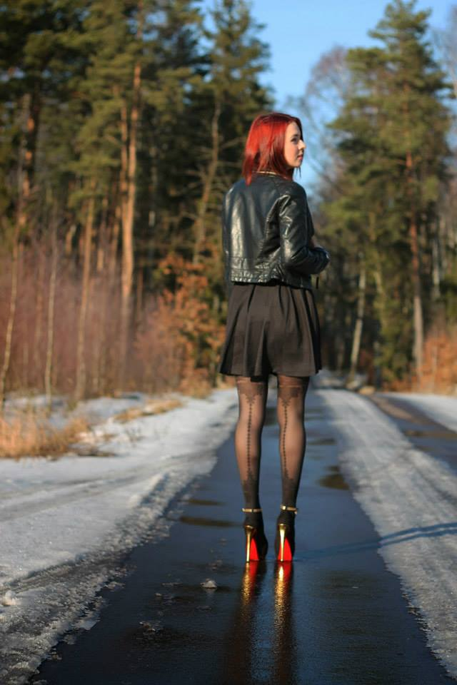 blogger apriel mock stocking tights by Fiore hosiery 2