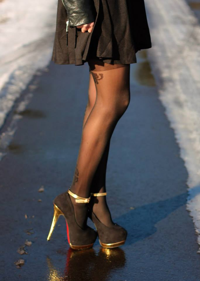 blogger apriel mock stocking tights by Fiore hosiery 4