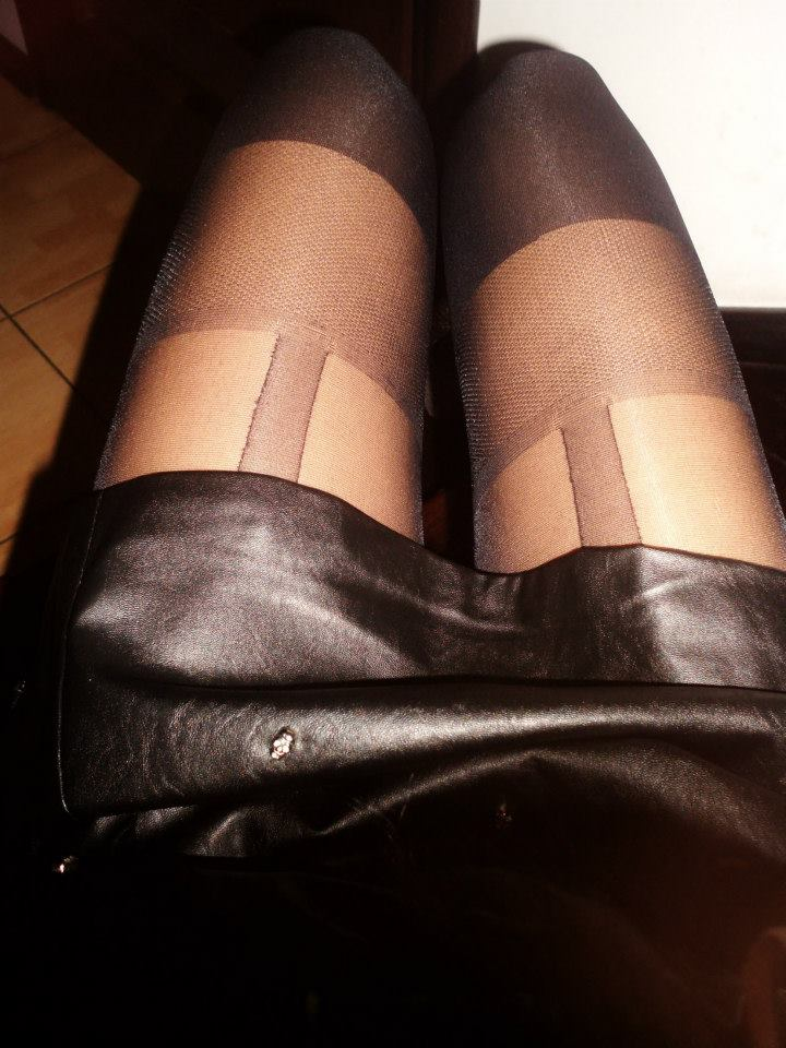 buy Fiore hosiery in Canada