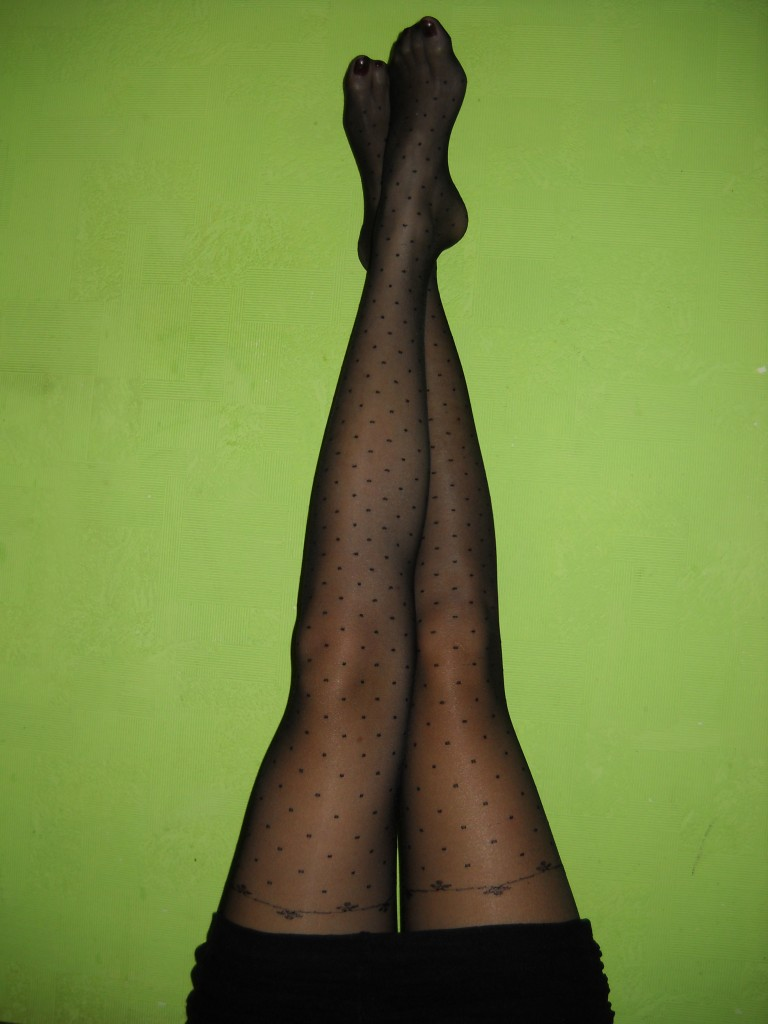 Janessa pantyhose by Fiore on legs