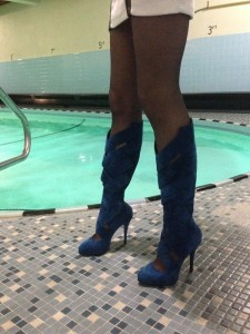 dim pantyhose legs and boots resized