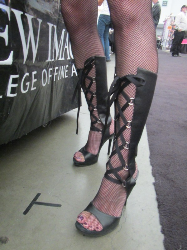 Fishnet tights and Sandal Boots - toes showing