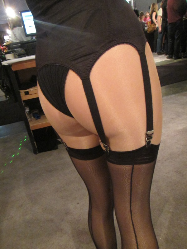 Pantyhose over stockings