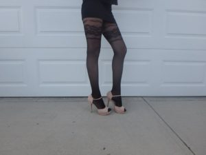 Vaila tights by Fiore on cousin's legs modeling 2