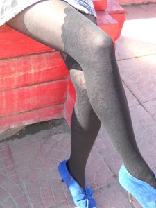 Asita pantyhose by Fiore - blue shoes, mini skirt, patterned tights fashion style