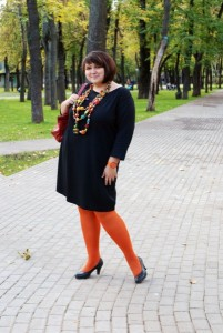 plus size lady in orange pantyhose