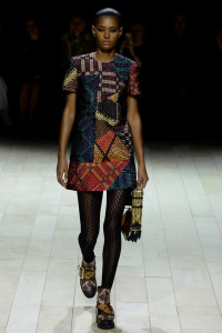 burberry tights mess up print alignment fashion show