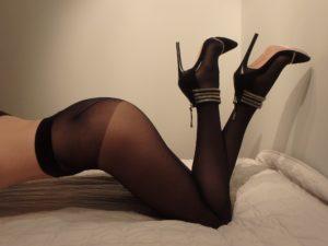 seamless pantyhose, 40 den, Superlativa 40 by OMSA on my legs