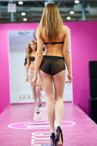 golden lady seamless pantyhose fashion show models on the runway podium catwalk2 white tights with black